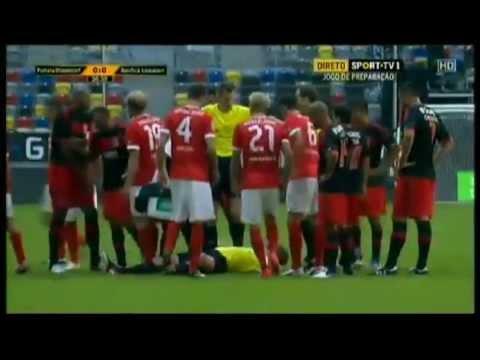 Fortuna Dusseldorf 0-0 Benfica Abandoned