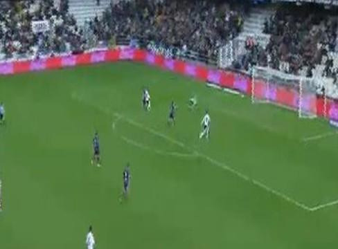 Valencia 3-1 Llagostera