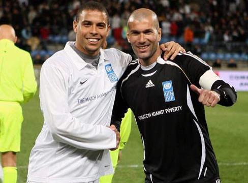 Ronaldo XI 3-2 Zidane XI