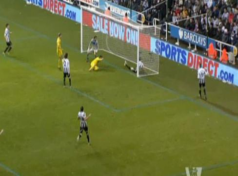 Newcastle United 1-2 Reading