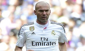 Real Madrid Legends 4-2 Liverpool Legends