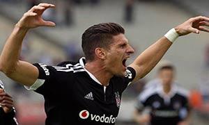Besiktas 2-0 Istanbul Basaksehir