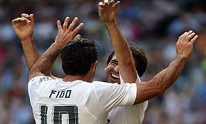 Real Madrid Legends 3-1 Ajax Legends
